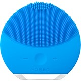 foreo luna mini 2 compact facial cleansing brush all skin type aquamarine