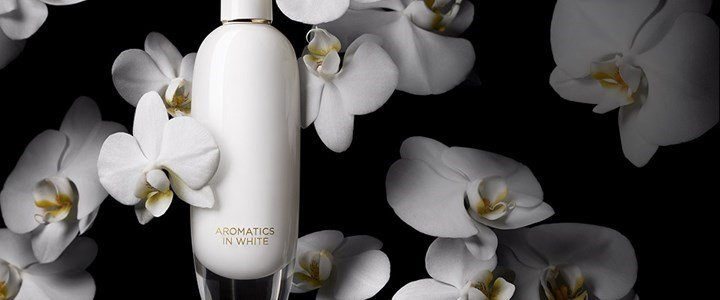 clinique aromatics white