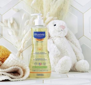 mustela cleansing oil